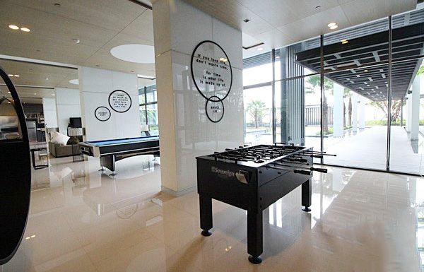 Ideo-Mobi-Charan-Interchange-Bangkok-condo-for-sale-table-de-billard-3